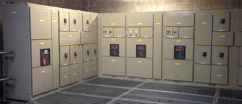 4000A 'L' shaped distribution switchboard with 2 off power factor correction sections